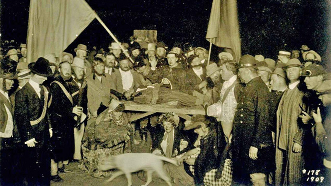 Bohemian Grove 1909 Child Sacrifice